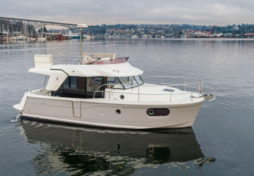 In Stock 30' Beneteau 2019