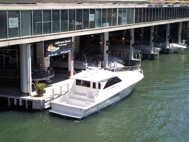 Jefferson Beach Yacht Sales in Chicago, IL