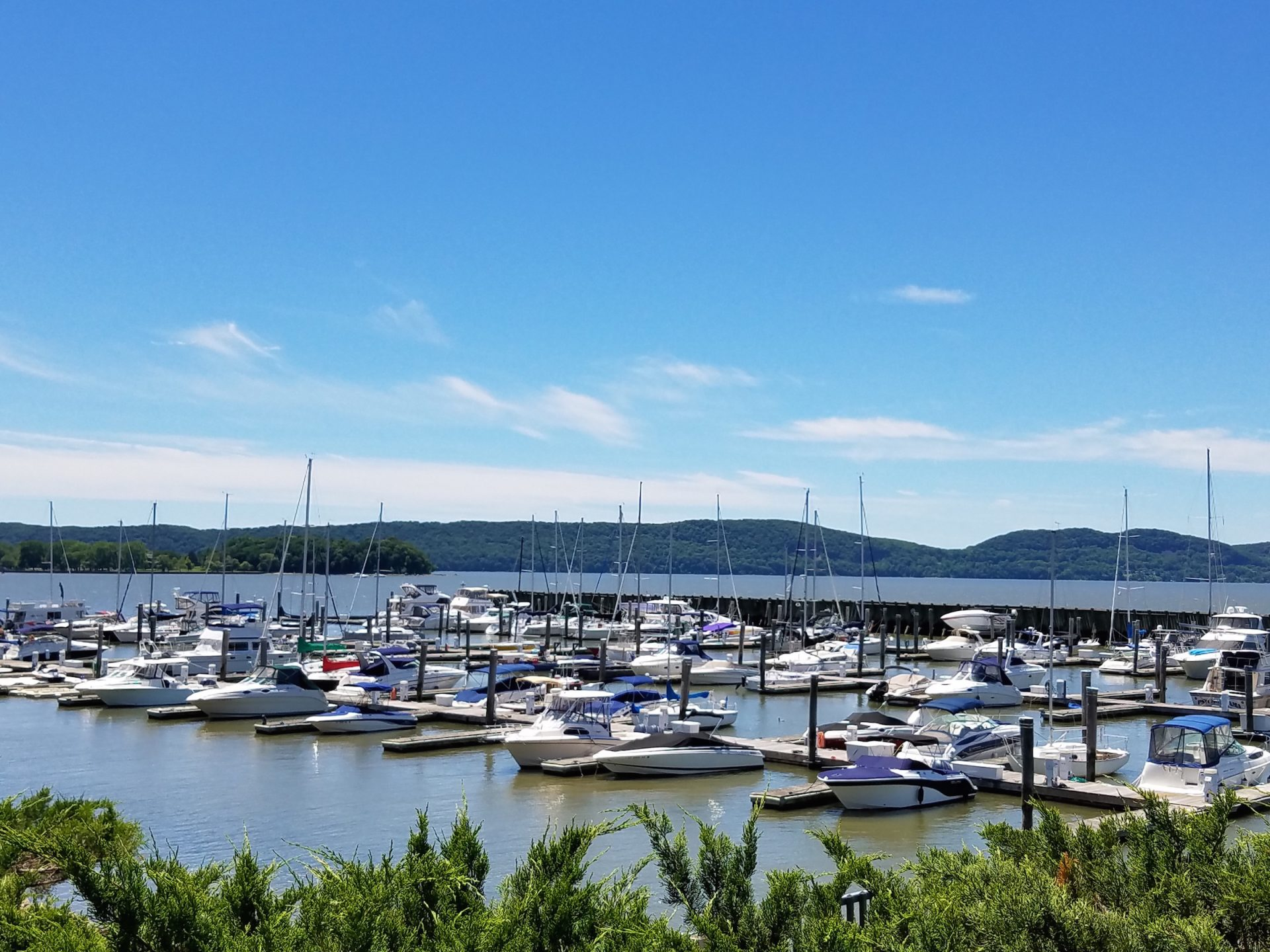 Half Moon Bay Marina in Croton-On-Hudson, NY