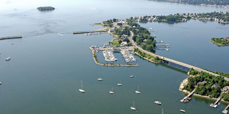 Pirate Cove Marina in Portsmouth, RI