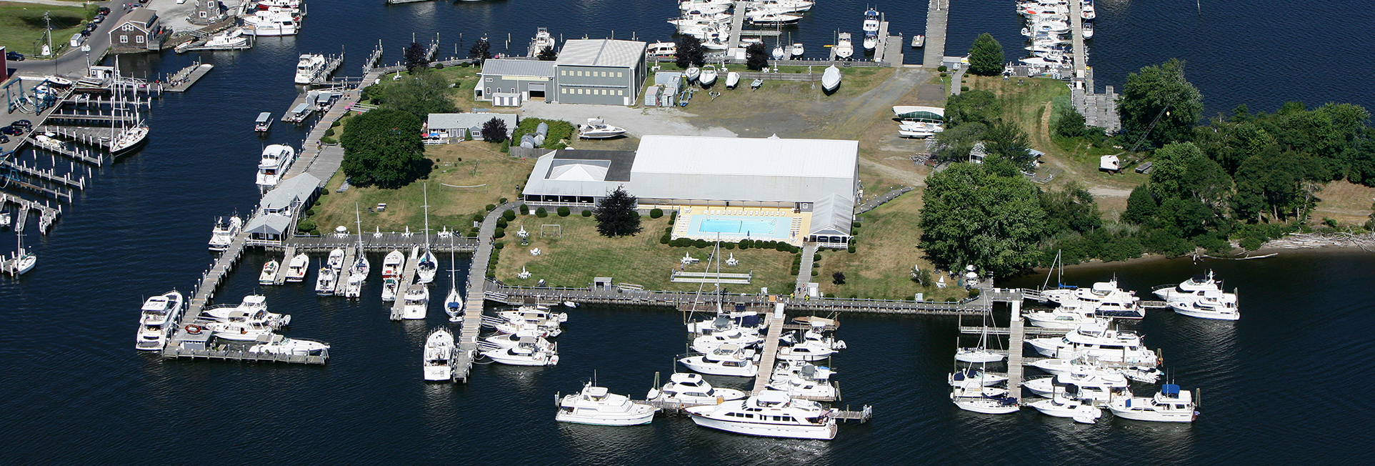 Brewer Essex Island Marina