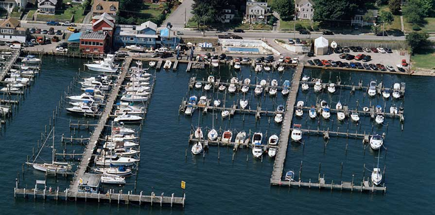 Burr's Marina in New London, CT