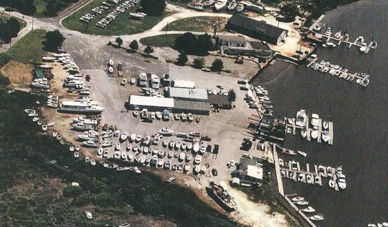 Greenwich Boat Works & Marina in Greenwich, NJ