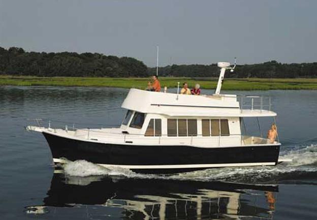 Mainship Trawler 40 Review