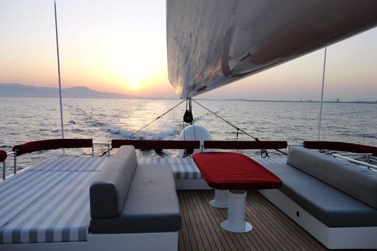 Sailing Catamaran LA SELLA DEL DIAVOLO - Flybridge