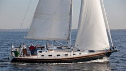 Tartan Yachts 400 Offered by Denison Yacht Sales