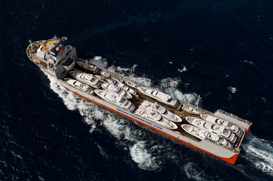 Sevenstar transporting yachts on freight vessels