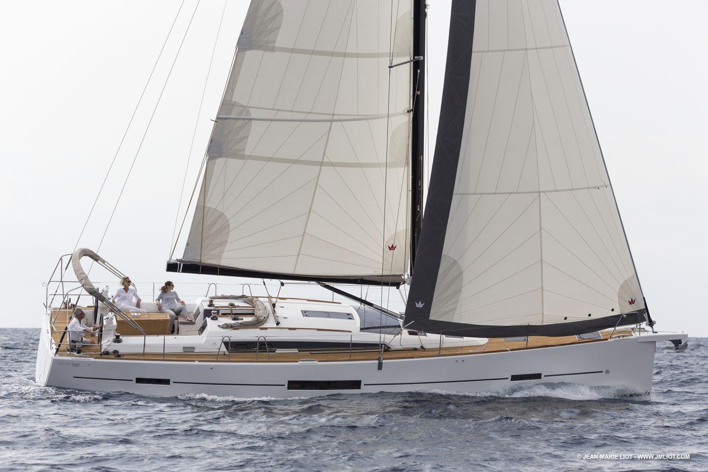 Dufour 520 Grand Large — Profile