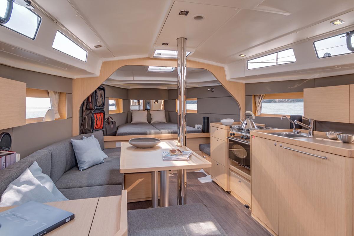 Beneteau Oceanis 38 —  Interior Design