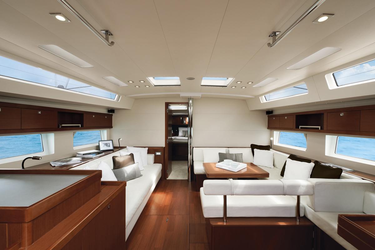 Beneteau Oceanis 55 — Interior Design