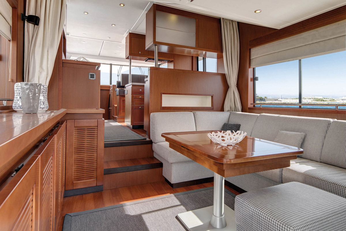 Beneteau Swift Trawler 50 —  Interior Design