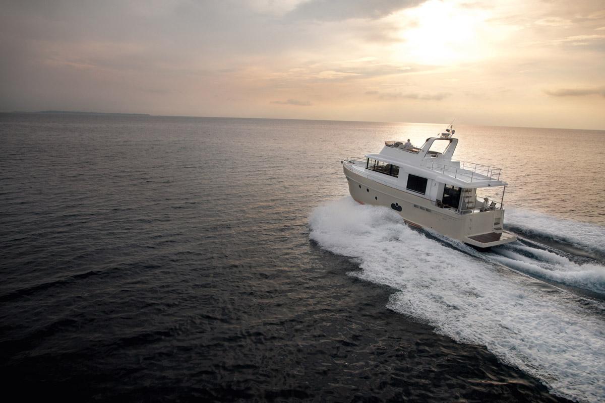 Beneteau Swift Trawler 50 —  Exterior Design