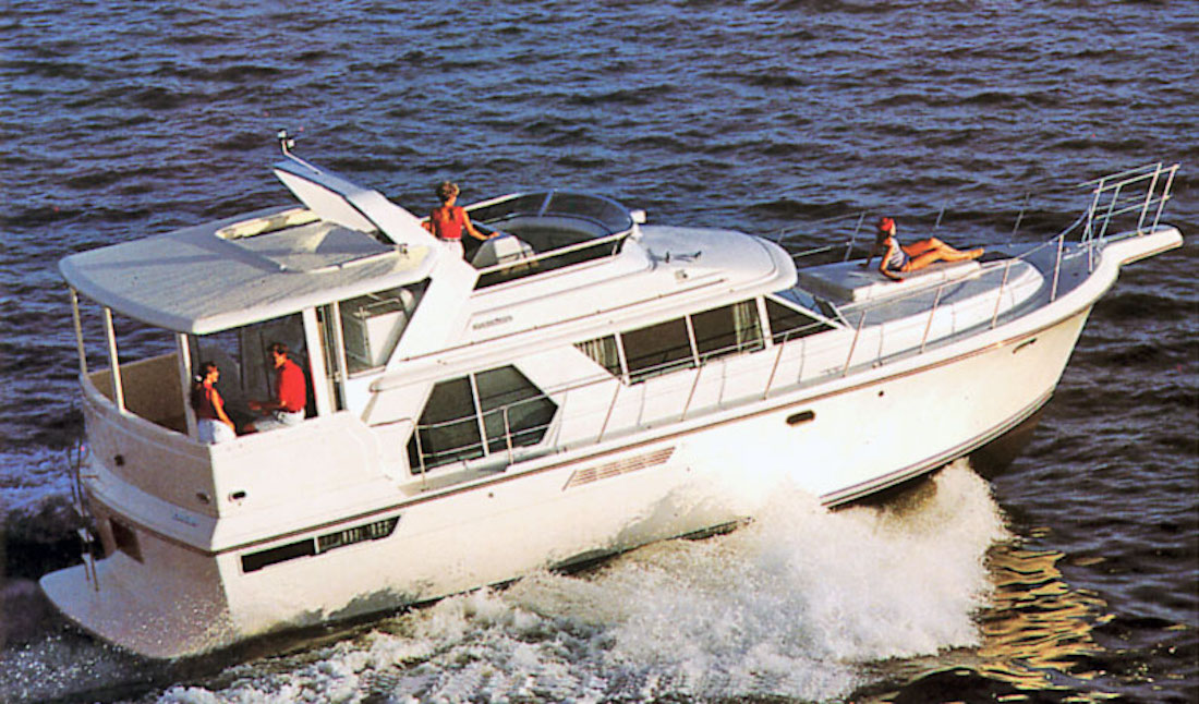 Carver 440 Aft Cabin Production Years: 1993u201399