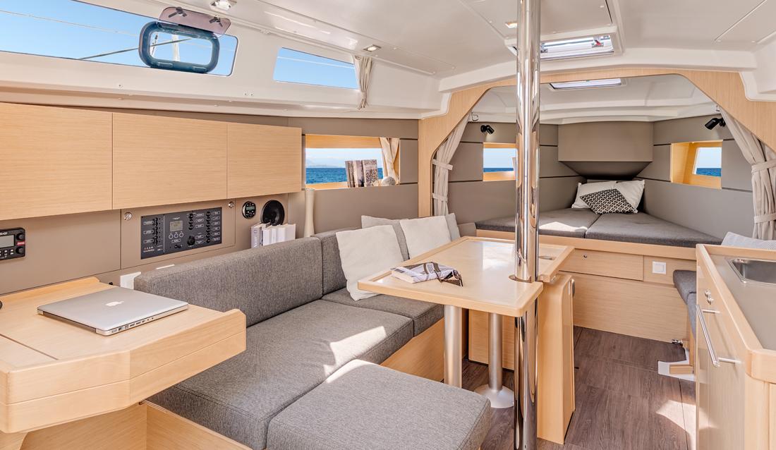 Beneteau Oceanis 35 Features Walkthrough Video By BoatTest.com 3ebf3b098009b