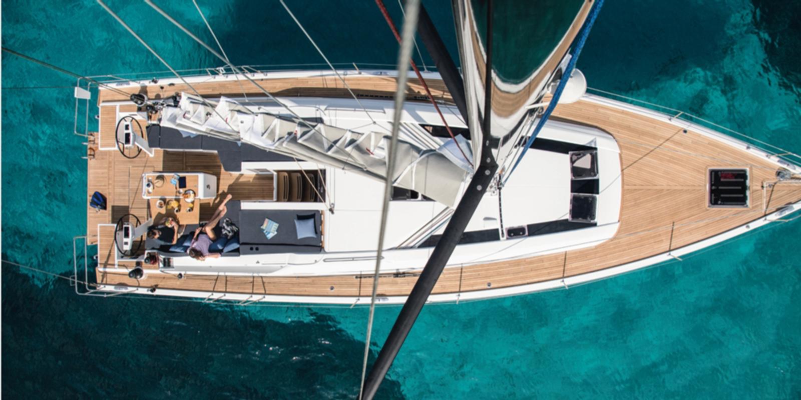 Beneteau Oceanis 51 — Sun Deck