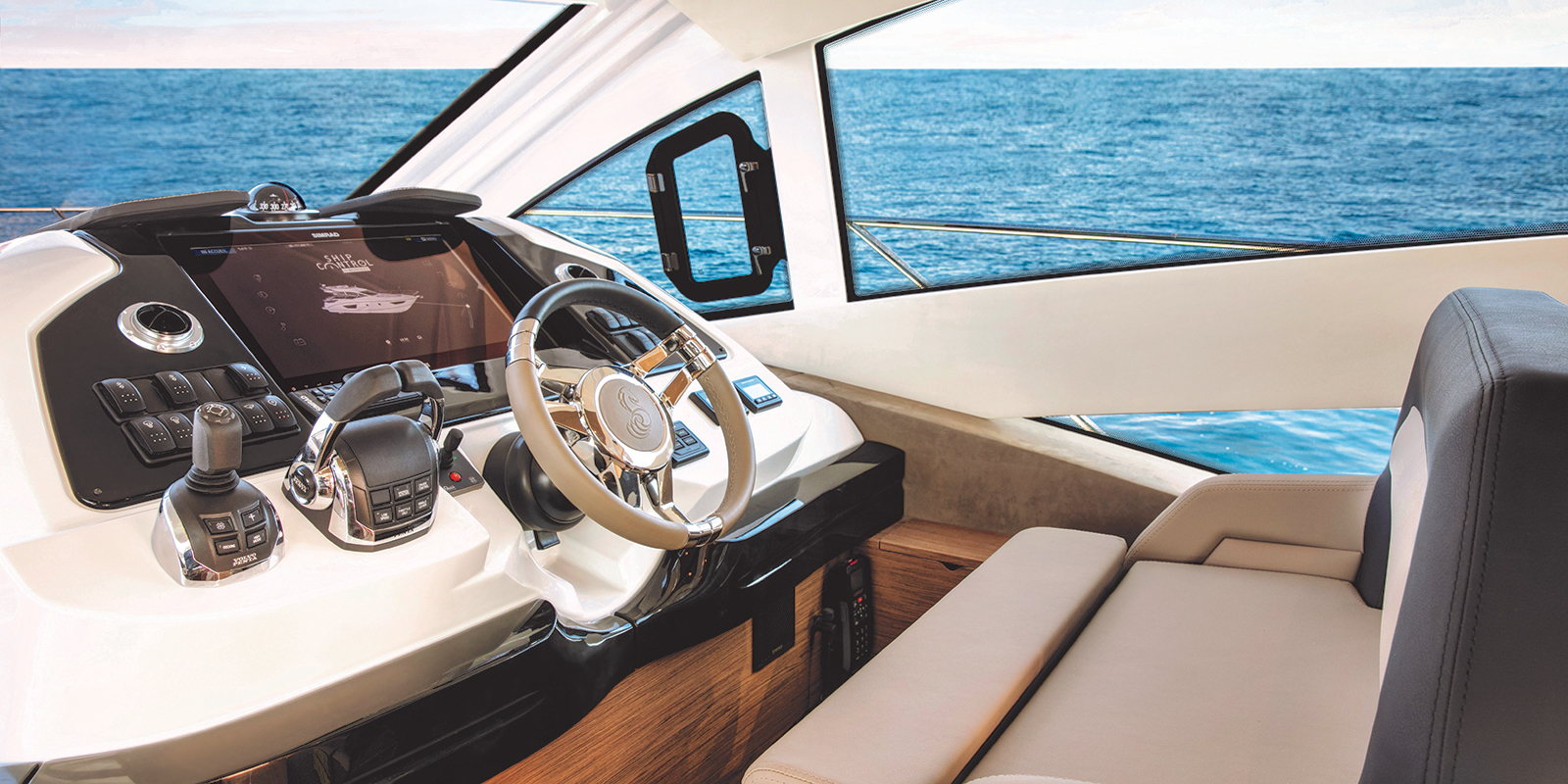 Beneteau Gran Turismo 50 — At the Helm