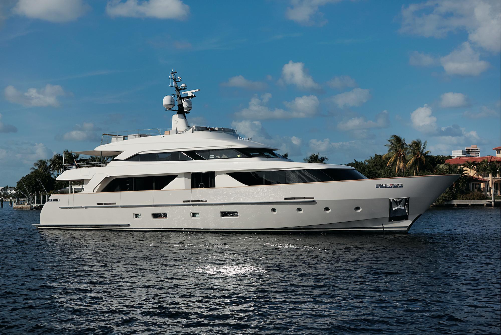 112 Sanlorenzo Sold By Yacht Broker David Johnson