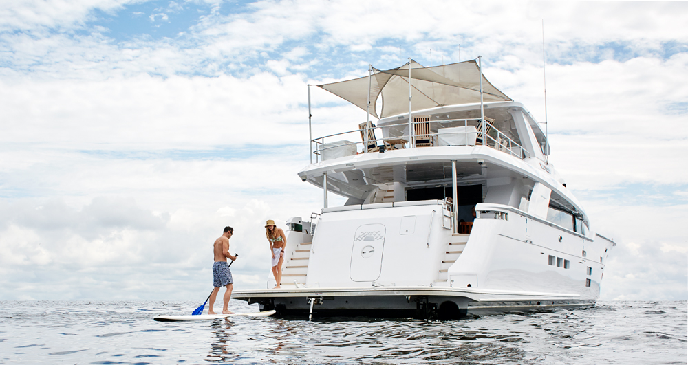 Hatteras 100 Raised Pilothouse