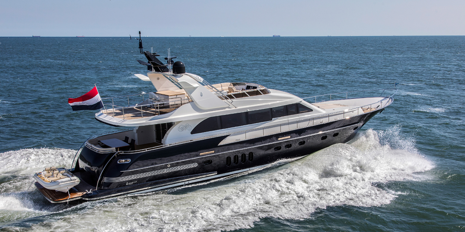 Van der Valk Flybridge Series