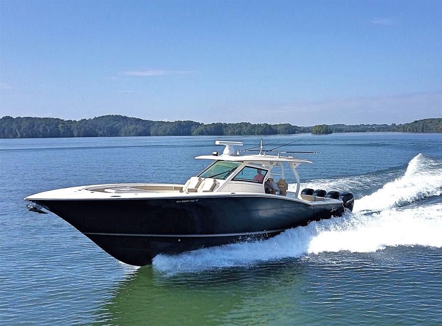 6 Premium Full Size Center Consoles W Yacht Class Amenities