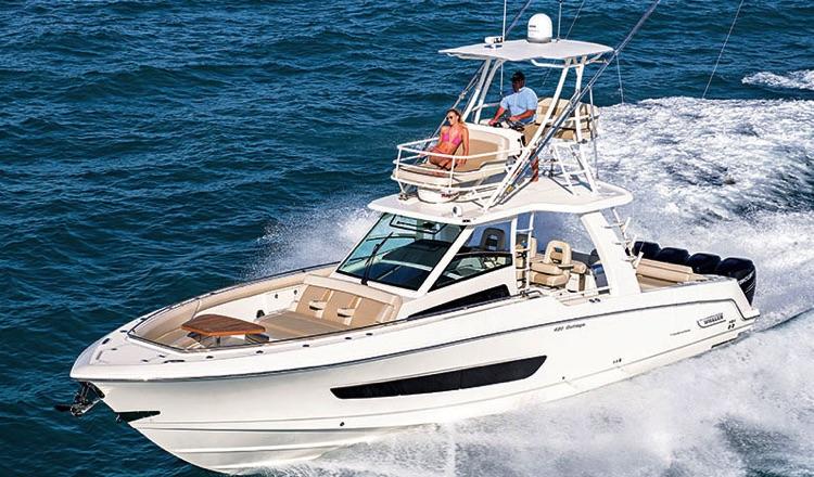 6 Premium Full-Size Center Consoles w Yacht Class Amenities