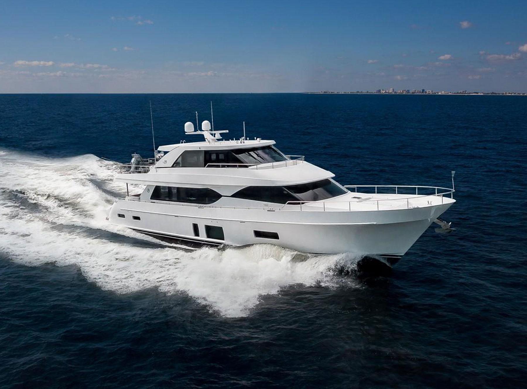 90 Ocean Alexander Sold By Yacht Broker Kurt Bosshardt