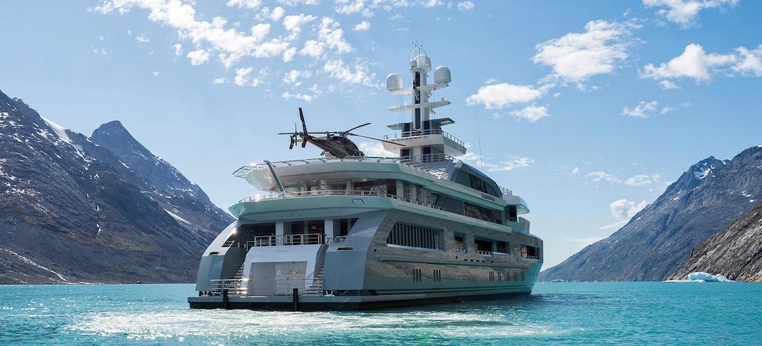 Superyacht Charter CLOUDBREAK