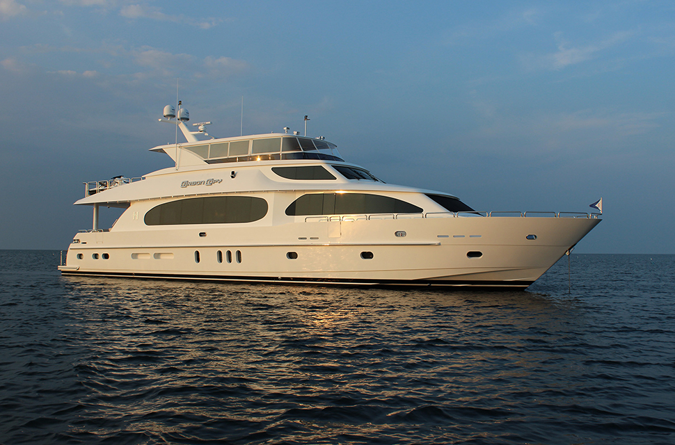 Luxury Yacht Charter: 101' Hargrave | CARBON COPY - photo 1