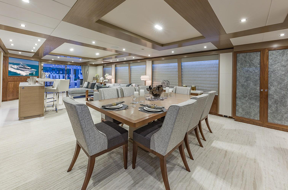 Luxury Yacht Rental: 100' Hargrave RP | MB 3 - photo 5