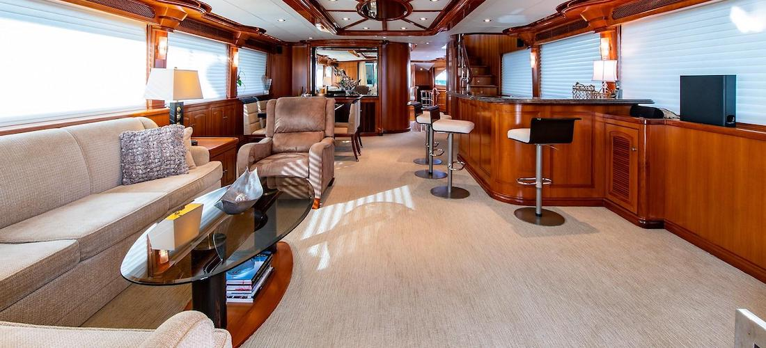 107 President Yacht D-FENCE Salon