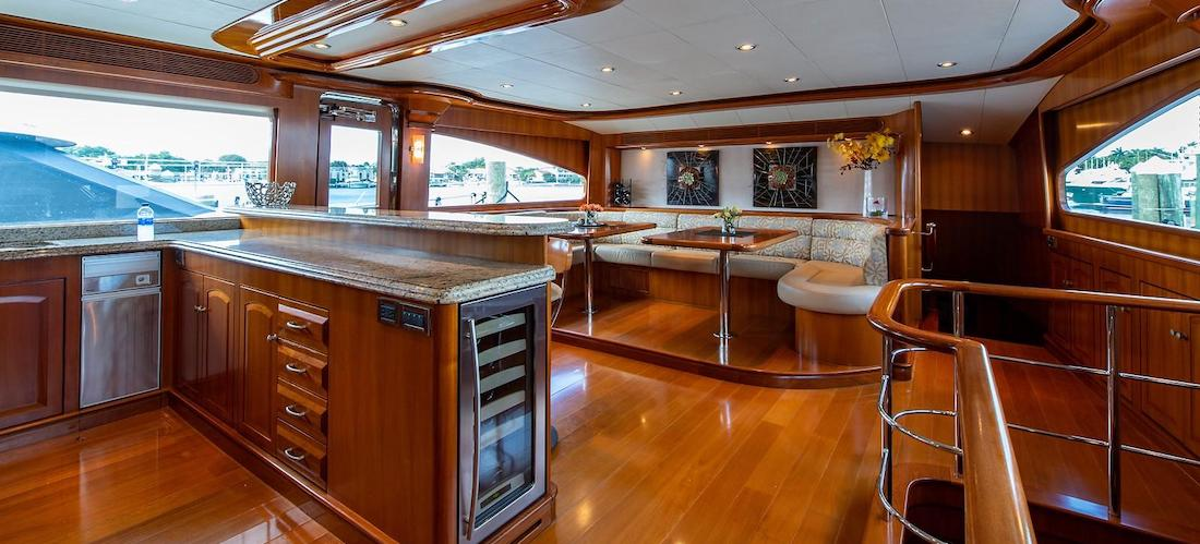 107 President Yacht D-FENCE Galley