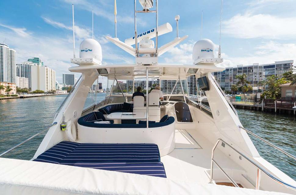 Luxury Yacht Rental: 75' Viking Princess | RHOBOAT - photo 3