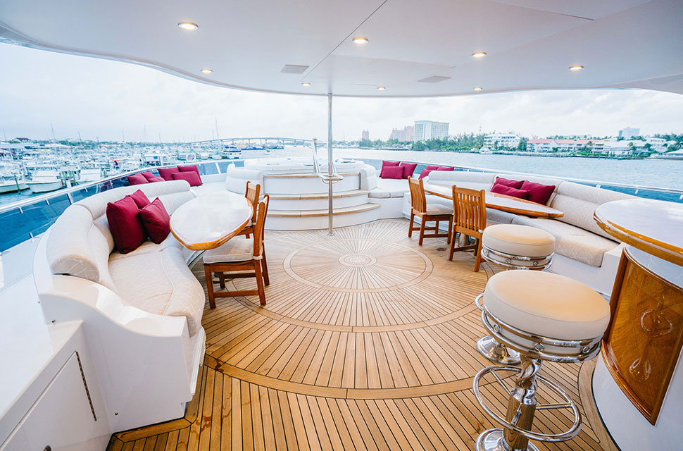 Luxury Yacht Charter: 150' Richmond 2010 | EXCELLENCE - photo 2