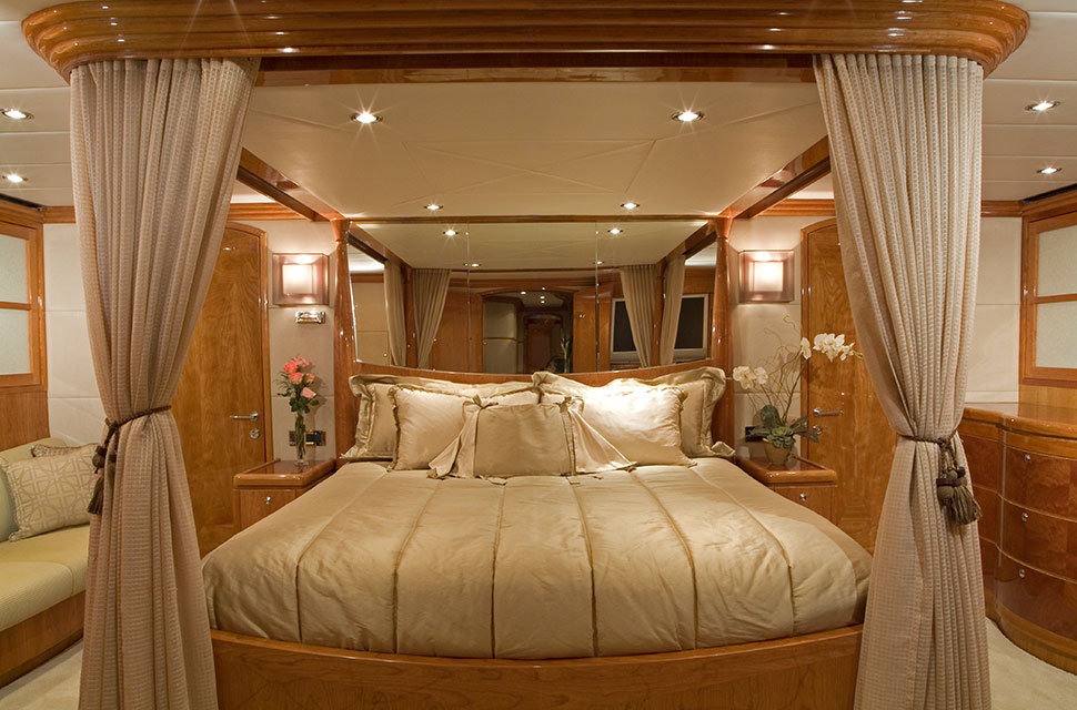 Luxury Yacht Rental: 98' Hargave 2007 | TIGERS EYE - photo 3