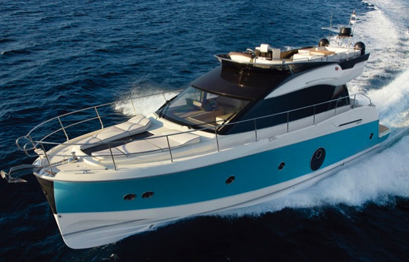 Beneteau Monte Carlo 5: Italian Styling Never Looked So Good