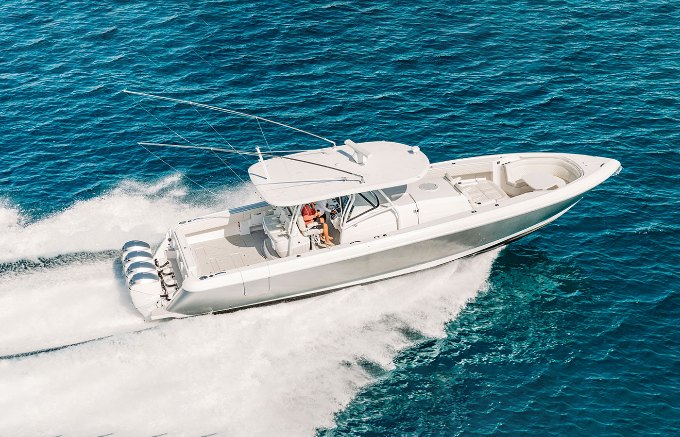 5 King-Size Center Console Yachts For Sportfishing  [Boat Review]