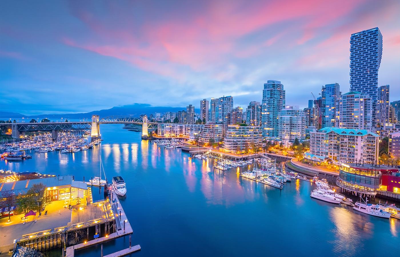 Yacht Charter Vacation: British Columbia [Travel Itinerary]