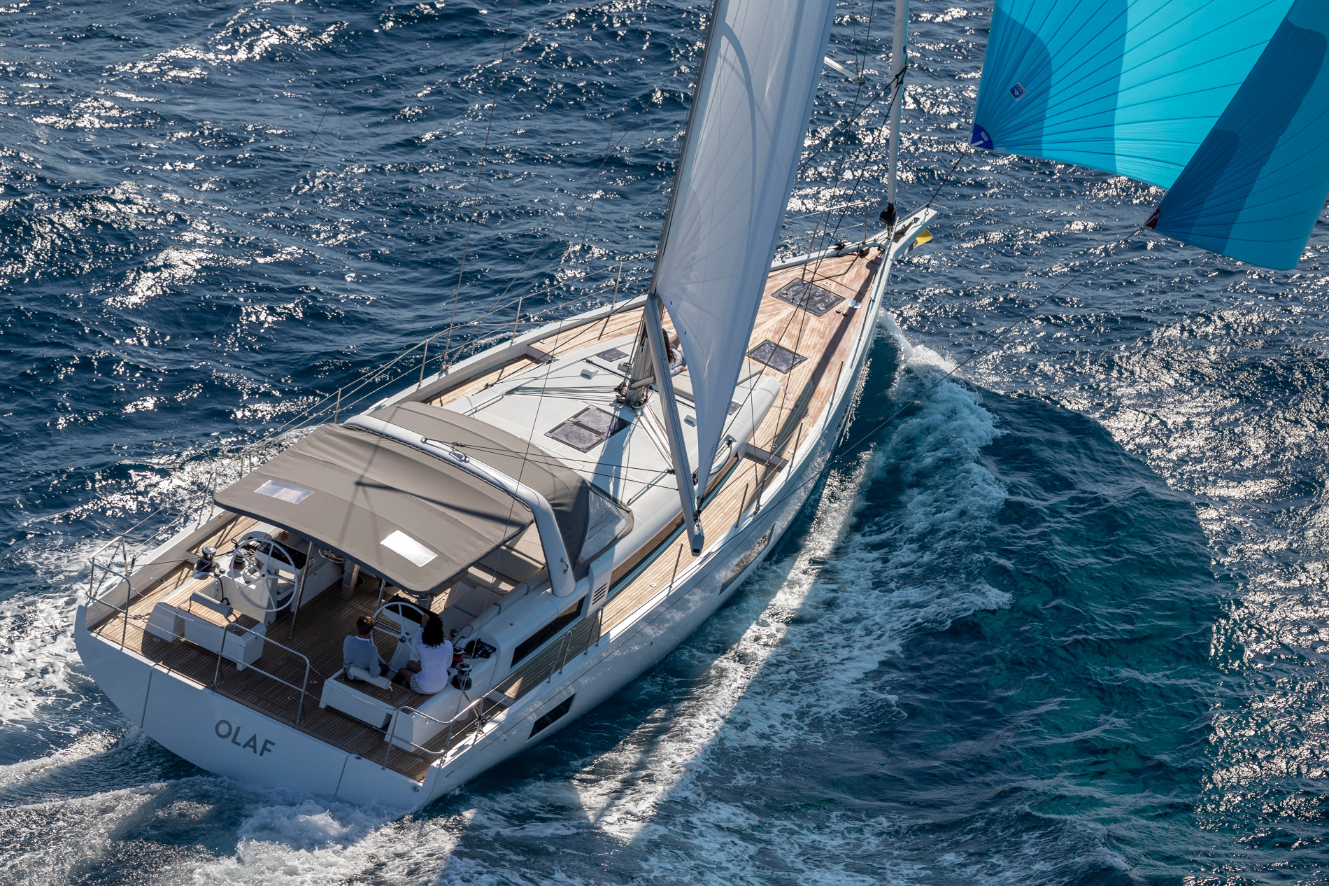 Beneteau Oceanis Yacht 54 — Exterior Design