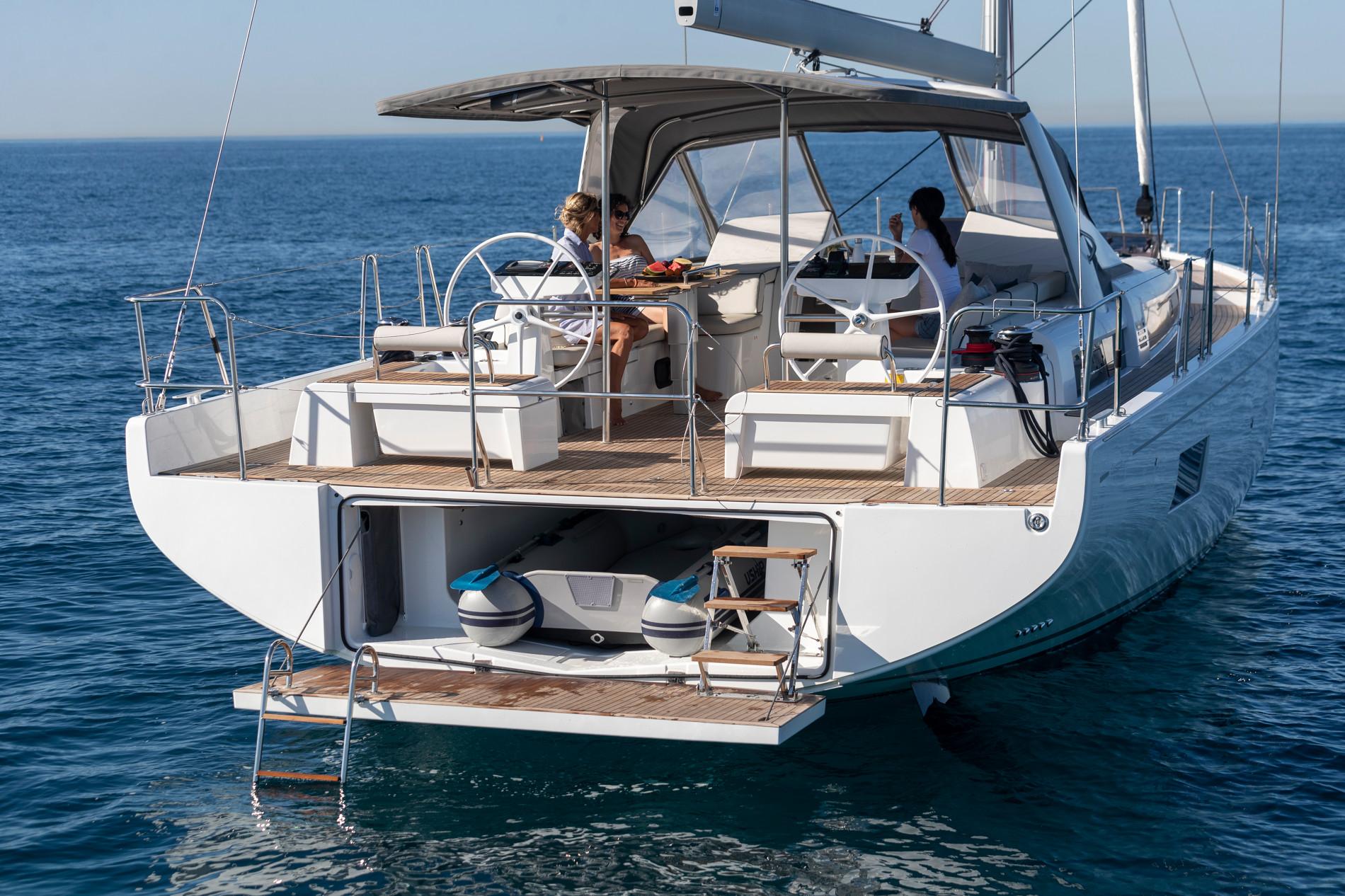 Beneteau Oceanis Yacht 54 — Tender Storage