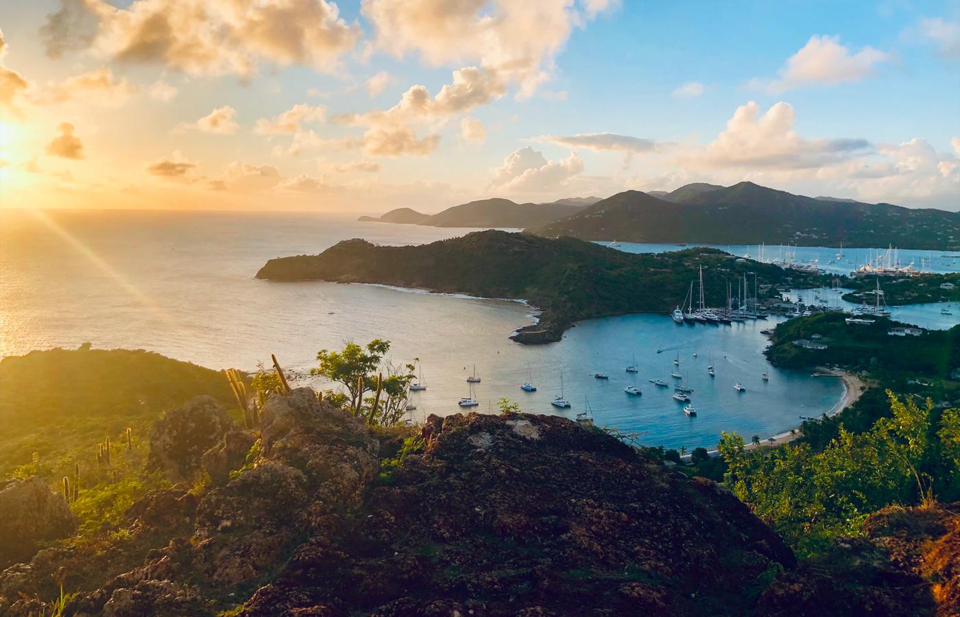 Yacht Charter Vacation: Leeward Islands [Travel Itinerary]