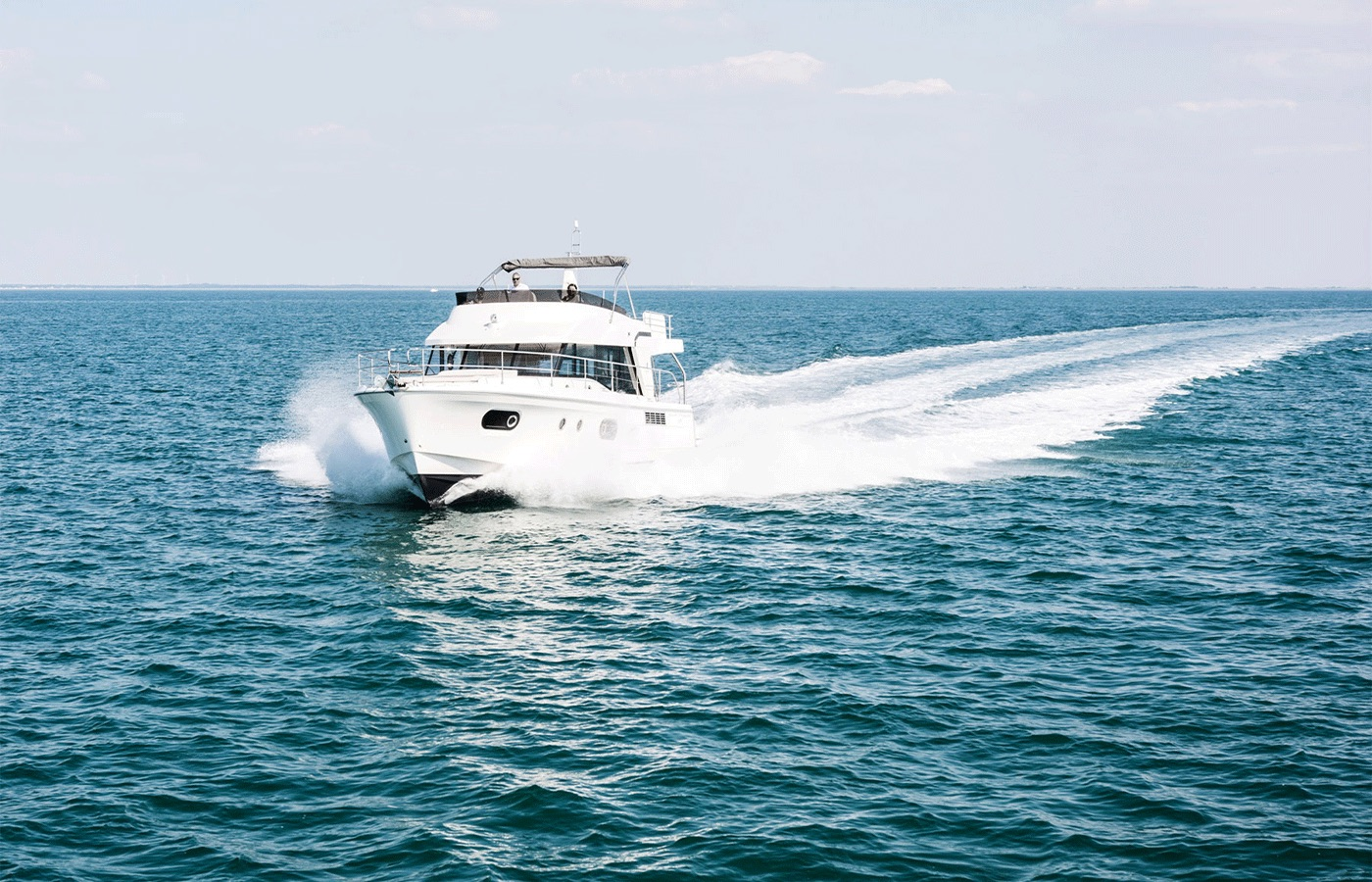 Top 6 Trawlers For Cruising With Families [Yacht Buyer's Guide]