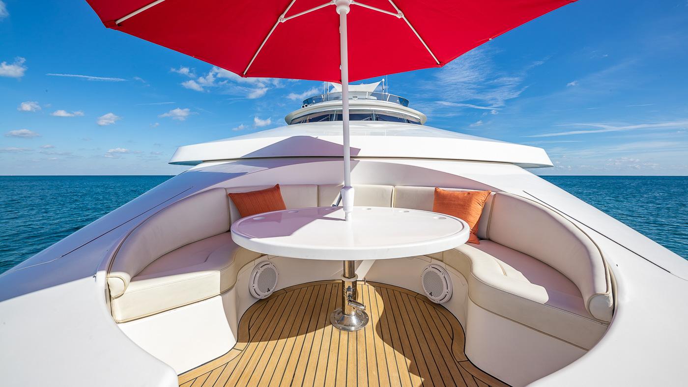 Luxury Yacht Charter: SCOTT FREE | 114' President 2008/2019 - photo 5