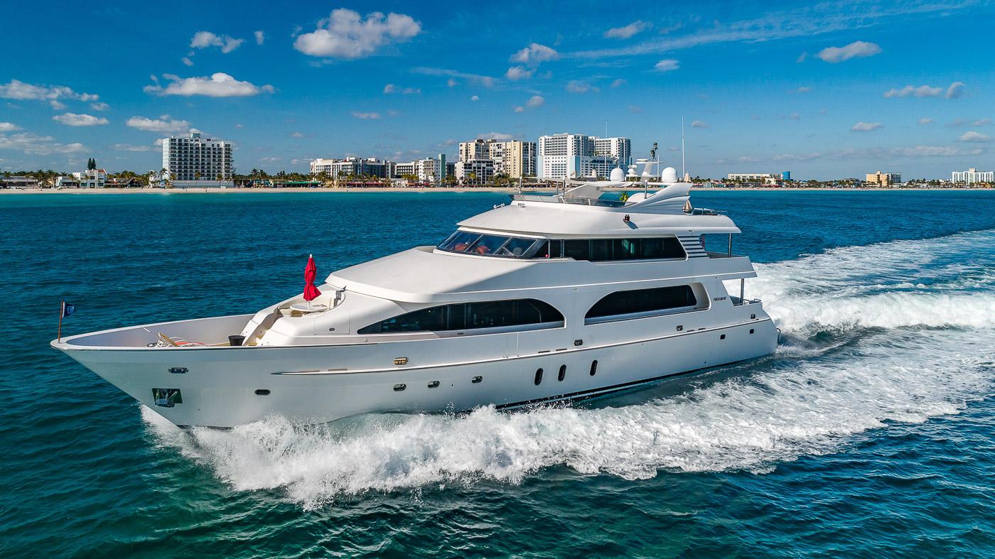 Luxury Yacht Charter: SCOTT FREE | 114' President 2008/2019 - photo 1