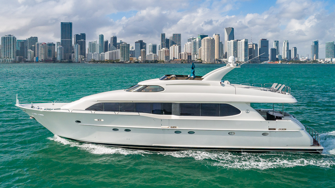 Luxury Yacht Charter: IV TRANQUILITY   94' Lazzara 2001/2018  - photo 1
