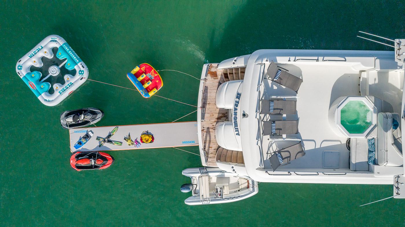 Luxury Yacht Charter: IV TRANQUILITY   94' Lazzara 2001/2018  - photo 11
