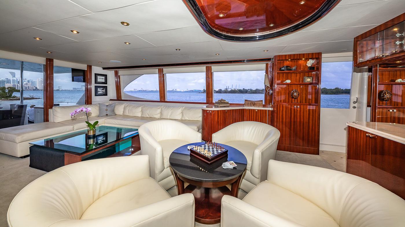 Luxury Yacht Charter: IV TRANQUILITY   94' Lazzara 2001/2018  - photo 7