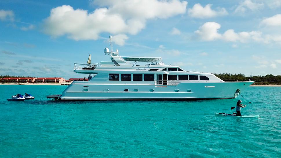 Luxury Yacht Charter: ISLAND VIBES   107' Broward 1997/2019 - photo 2