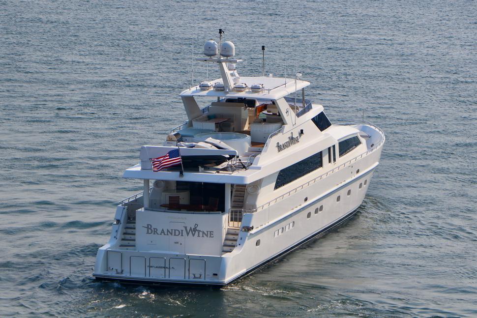 Luxury Yacht Charter: BRANDI WINE | 114' Hargrave 2009/2019  - photo 11