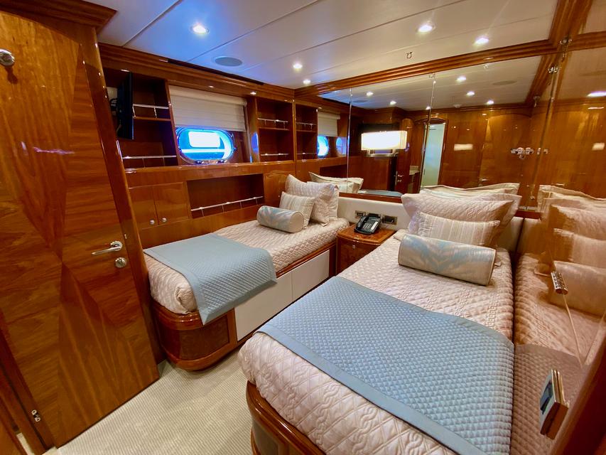 Luxury Yacht Charter: BRANDI WINE | 114' Hargrave 2009/2019  - photo 9