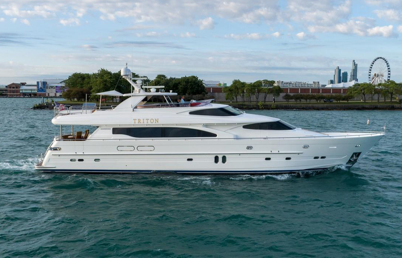 Horizon 95 Motor Yacht Highlight [Boat Review + Video]